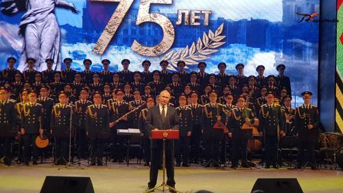 Vladimir Putin při projevu na slavnostním večeru